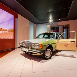 Mercedes-240 doet in Marokko veelal dienst als taxi.